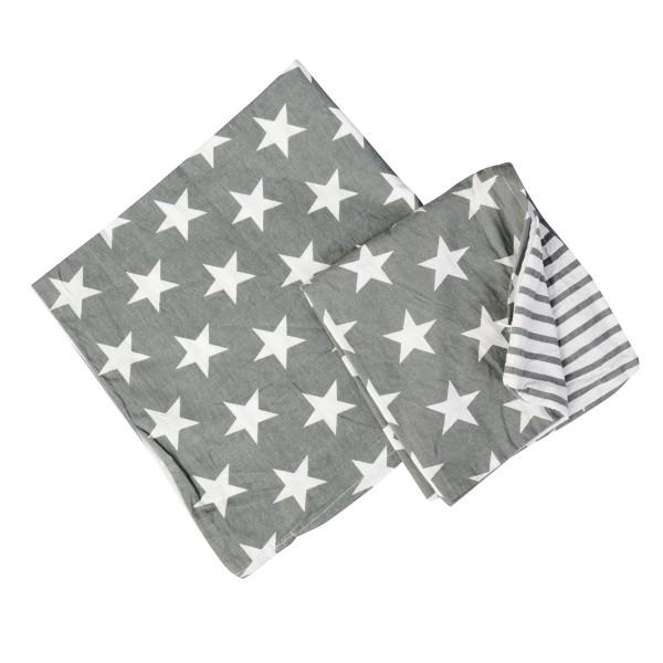 Sternstunde: Kissenhülle mit Streifen und Sternchen