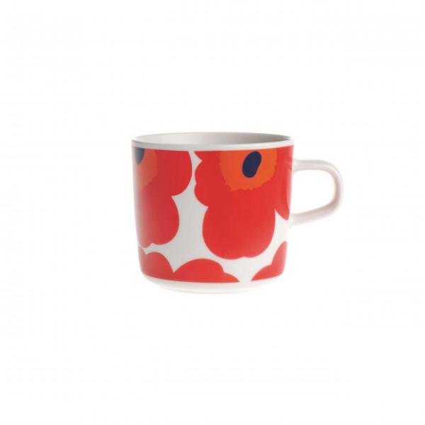 Die weltbekannte Unikko-Mohnblume: Tasse von marimekko