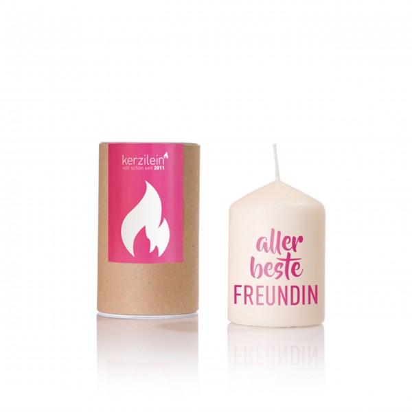 Kleines Geschenk für die beste Freundin: Kerze von Kerzilein