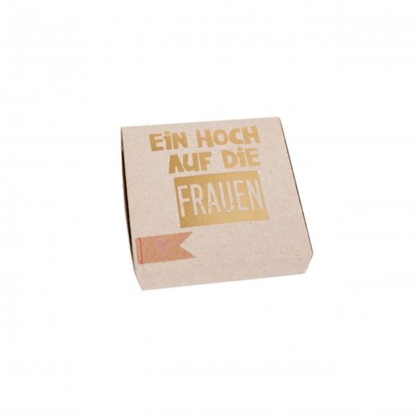 """Kartenbox """"Ein Hoch auf die Frauen"""" von Good old friends."""