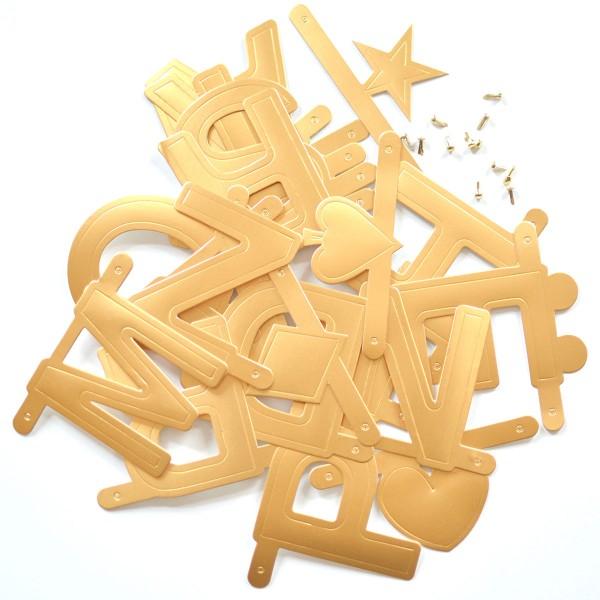 Goldene Buchstabengirlande von OMM design