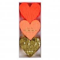 Füllmaterial für Herz-Pinata von Meri Meri