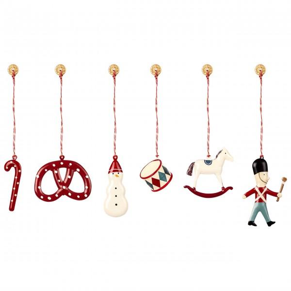 Weihnachten mit Maileg und den sechs liebevoll bemalten Metallanhängern