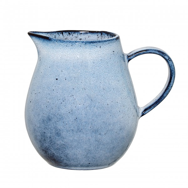Auffallend schön: Keramikkrug von Bloomingville