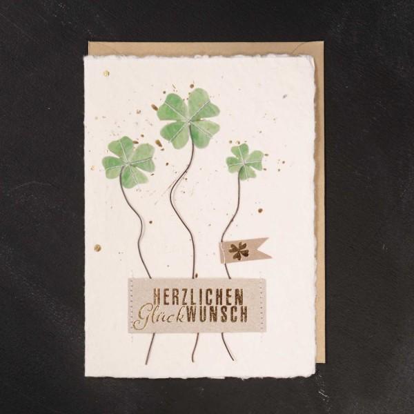 """Glückwunschkarte """"Glücksklee - Herzlichen Glückwunsch"""" von Good old friends."""